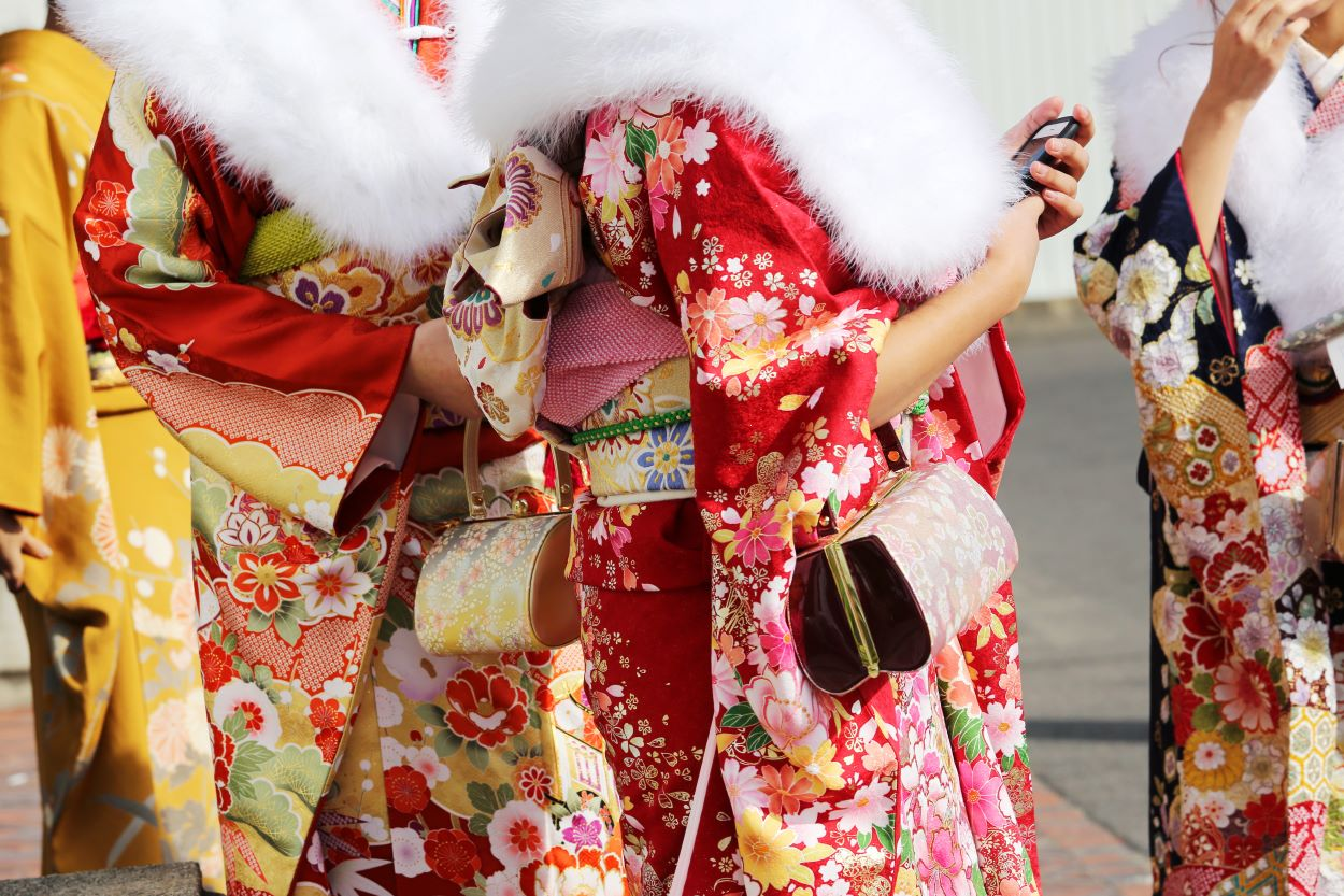 Girls wearing furisodes | Clothes | Coming of Age Day in Japan