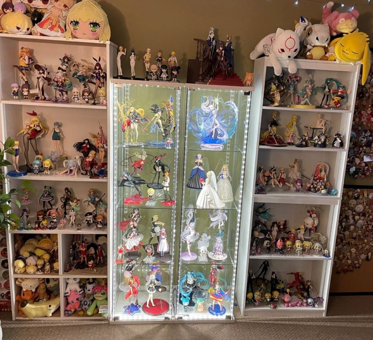 A deltof (clear cabinet) lit up with LEDs | Glass Cabinet | Fun Ways to Display Your Figure Collection