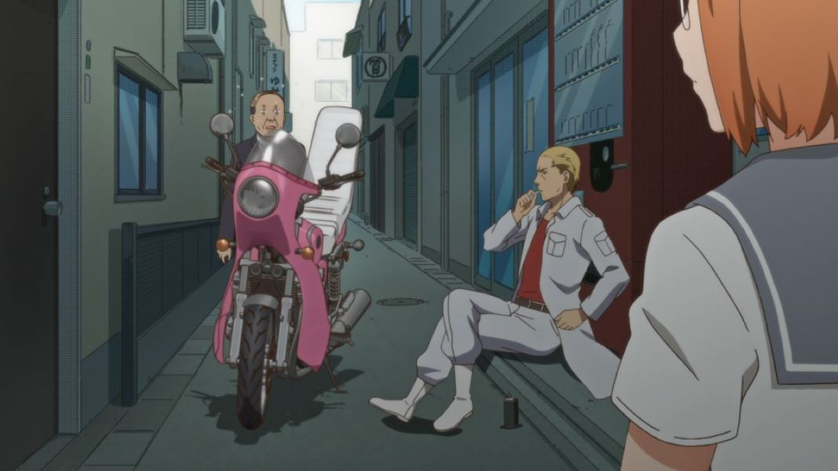 Chio finds a biker gang member blocking the road with his bike   Biker Gangs   Japanese Delinquents
