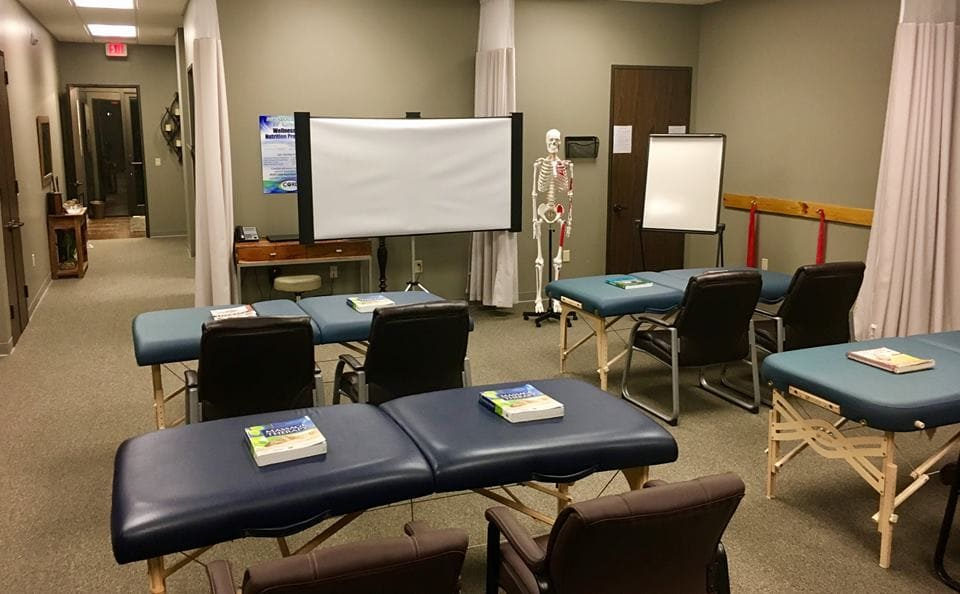 Eyes Massage Therapy School in The Woodlands
