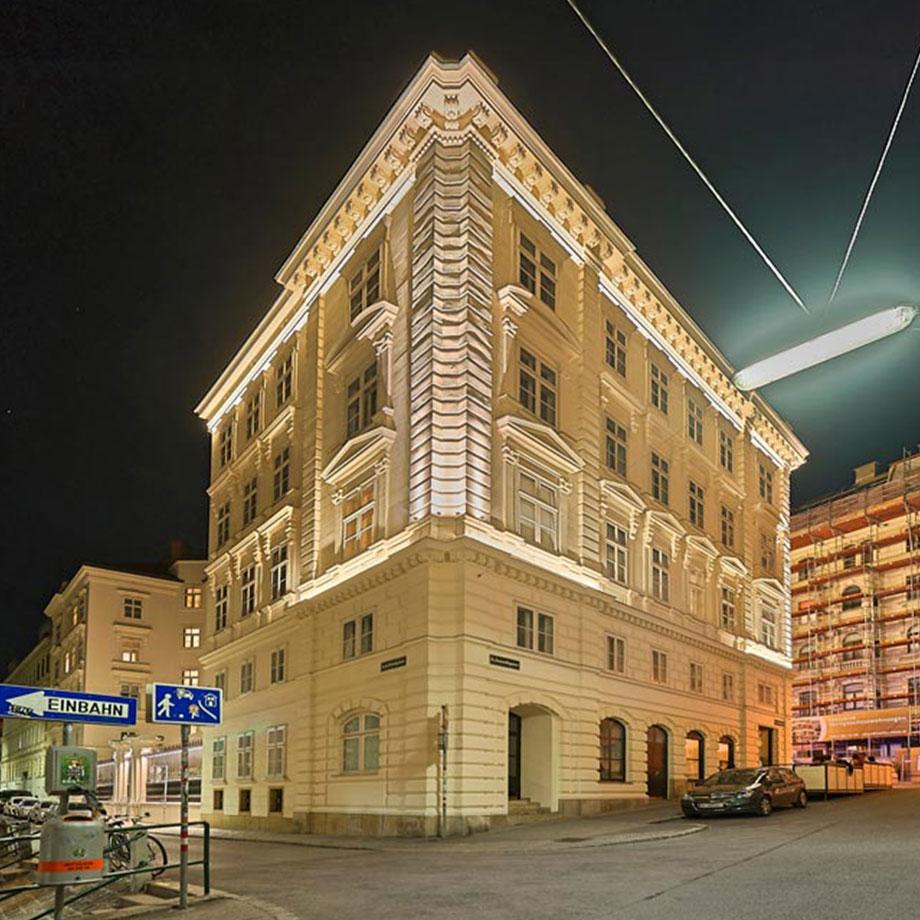 Fassadenanstrahlung, Lichtprojekt