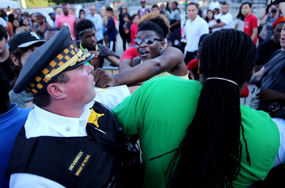 Kim Foxx sidekick, Ja'Mal Green, striking Commander George Devereux