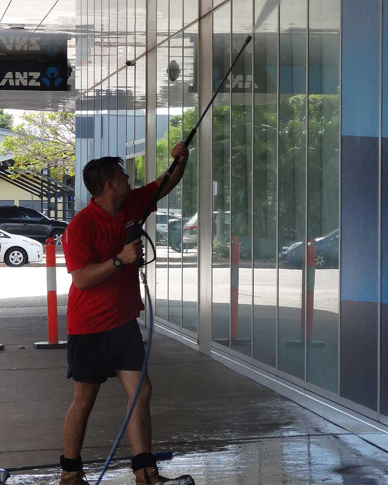 Commercial exterior cleaning in Darwin
