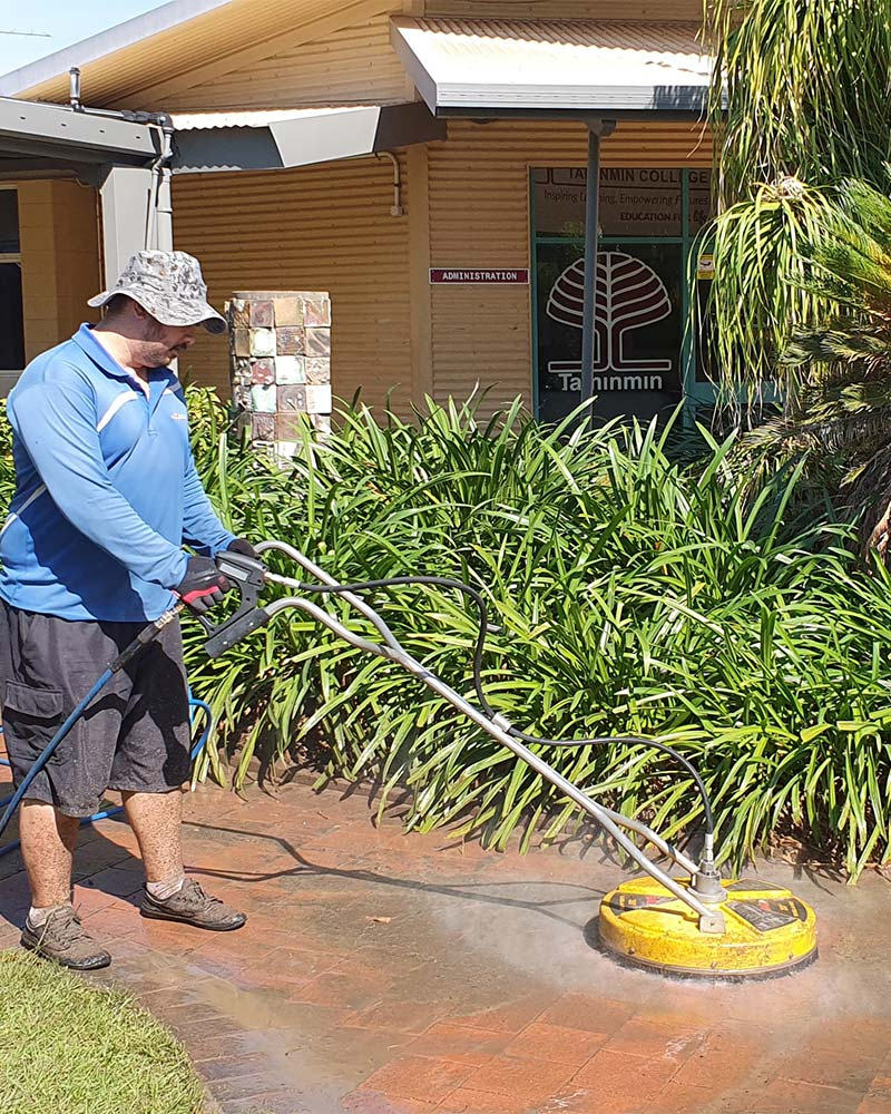 School high pressure cleaning, Gold Coast
