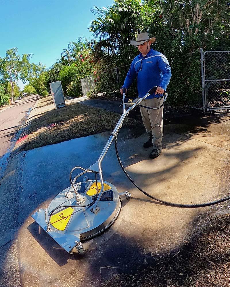 Driveway cleaning in Darwin