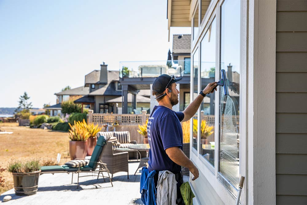 Professional window cleaning on Vancouver Island