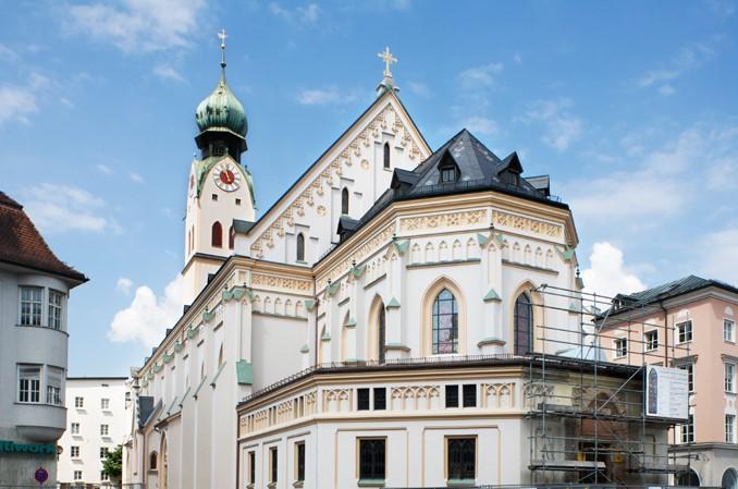 Stadtpfarrkirche St. Nikolaus Rosenheim Aussen