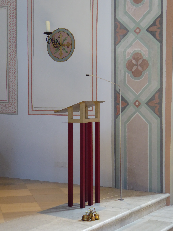 Pfarrkirche Mariä Himmelfahrt Pang Pult