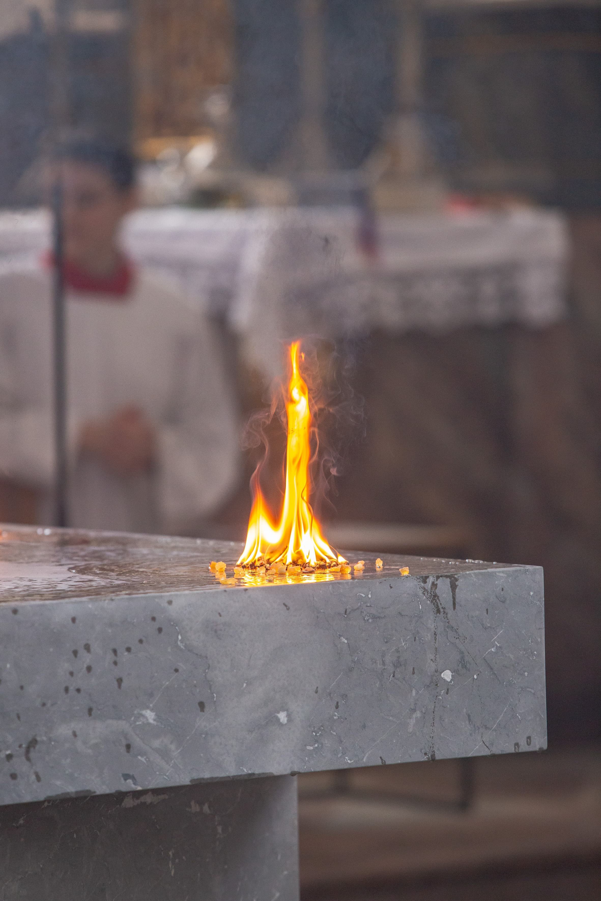 Pfarrkirche Mariä Himmelfahrt Bad Aibling Altar Feuer