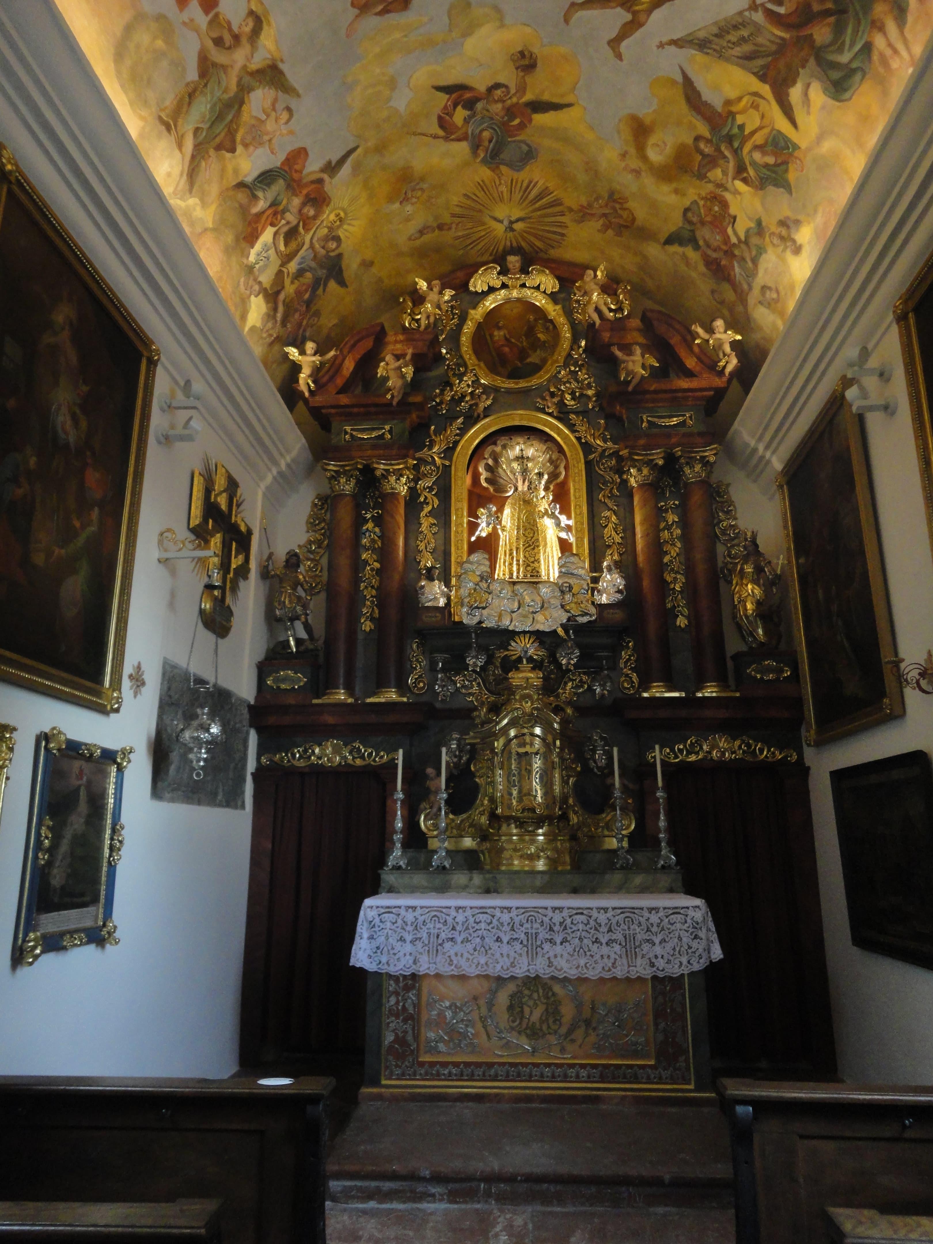 Loretokapelle und Benefiziatenhaus Innen Hochaltar