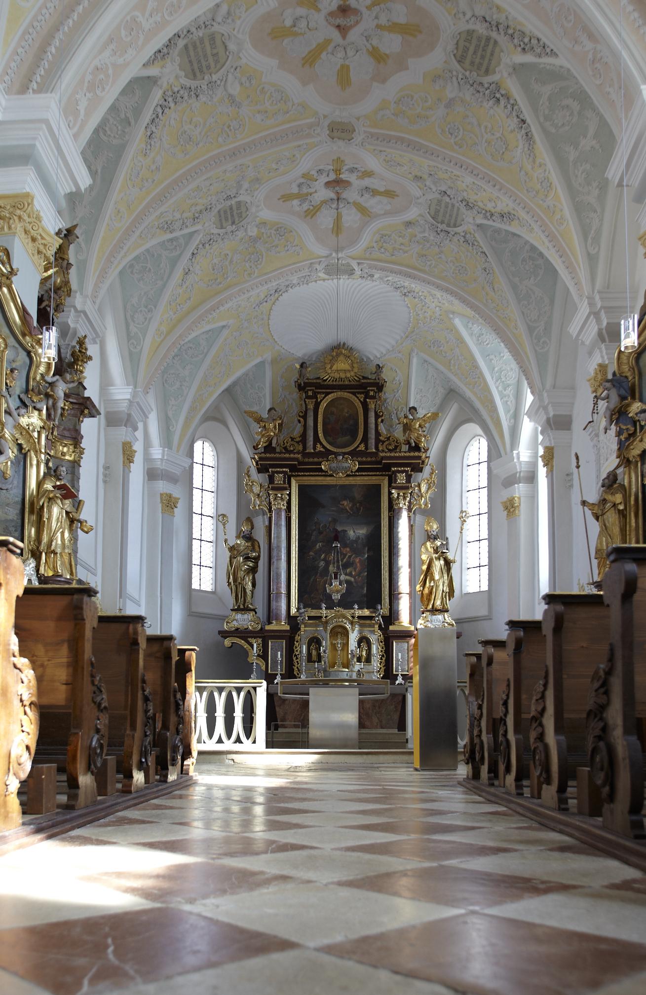 Pfarrkirche St. Emmeram Altar