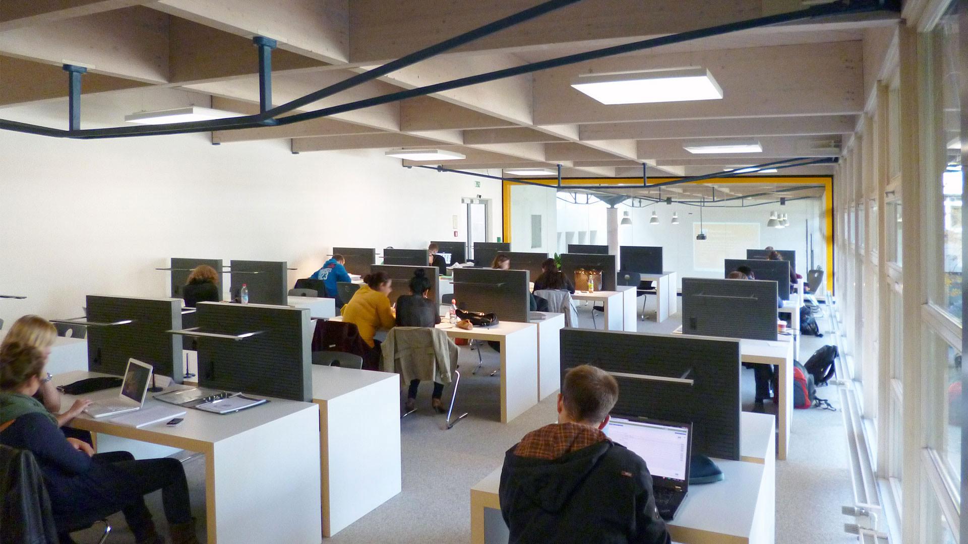 Technische Hochschule Rosenheim Lernen Empore