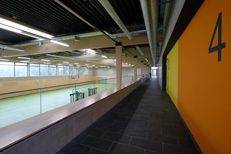 Sporthalle Karlskron Tribüne