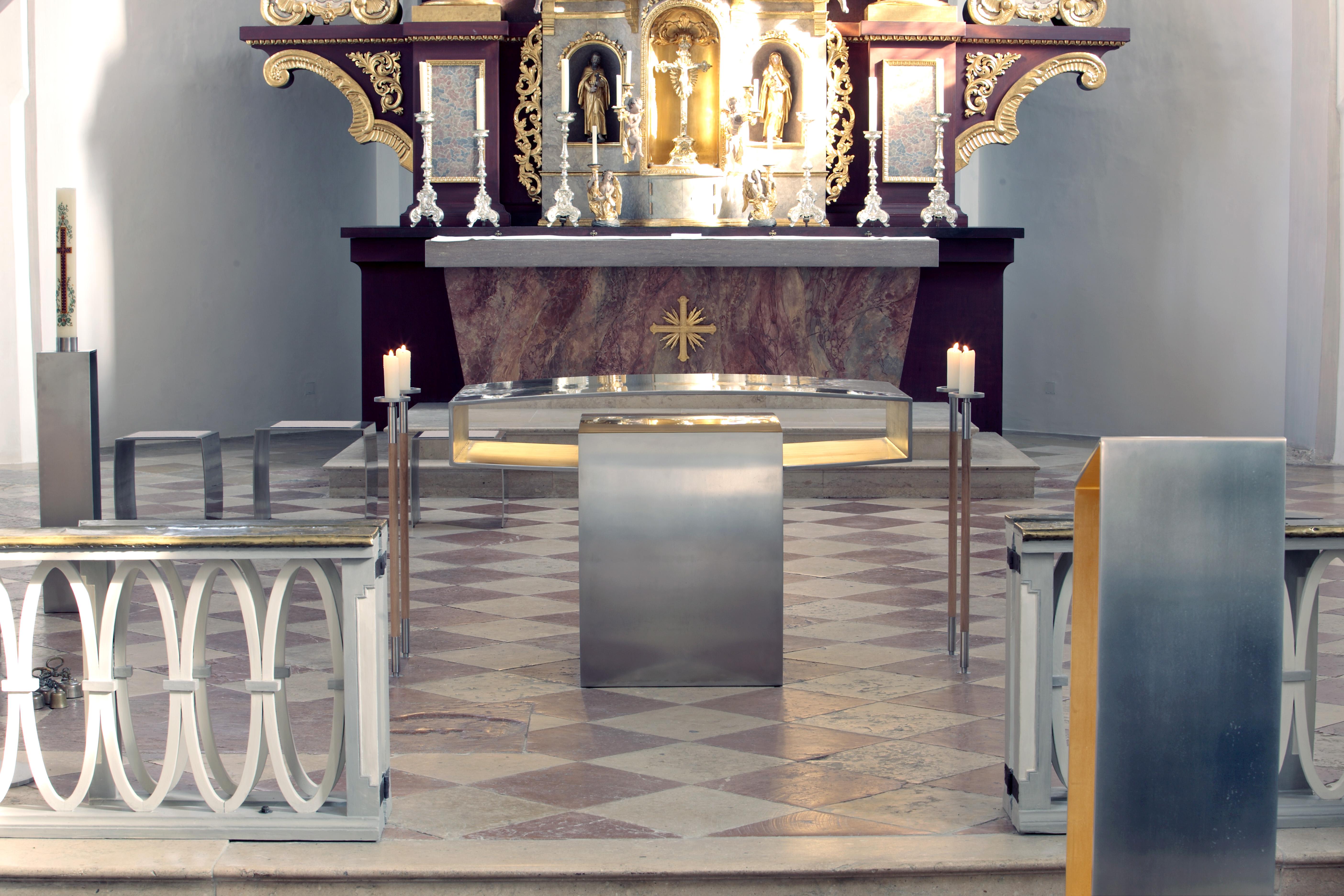 Pfarrkirche St. Emmeram Lesepult