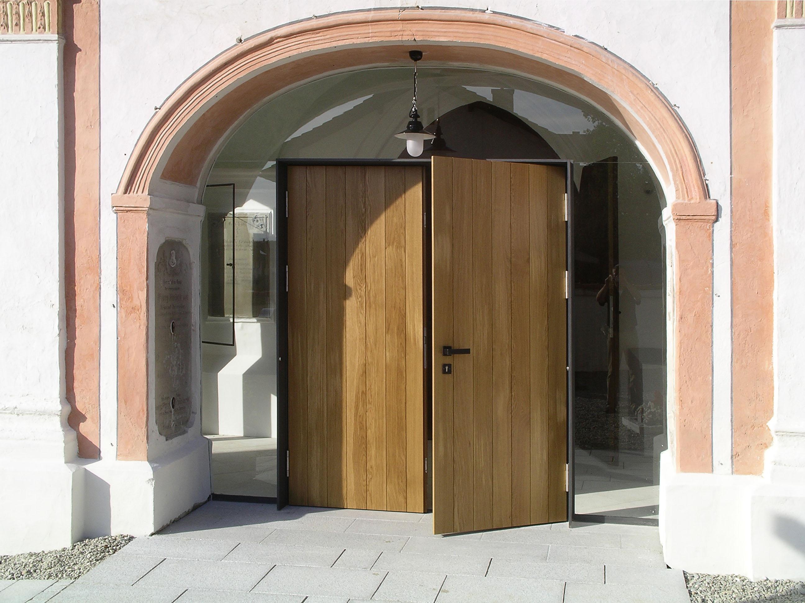 Pfarrkirche St. Emmeram Eingang