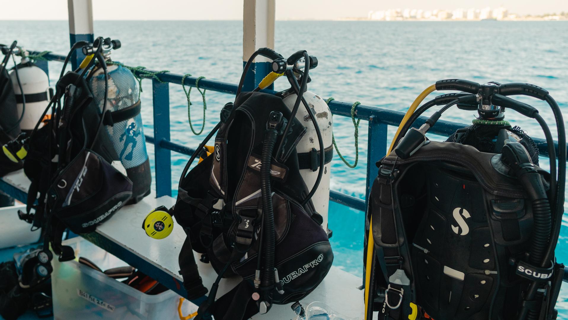Kalliopi Dive college Zenobia Shipwreck Diving - equipment