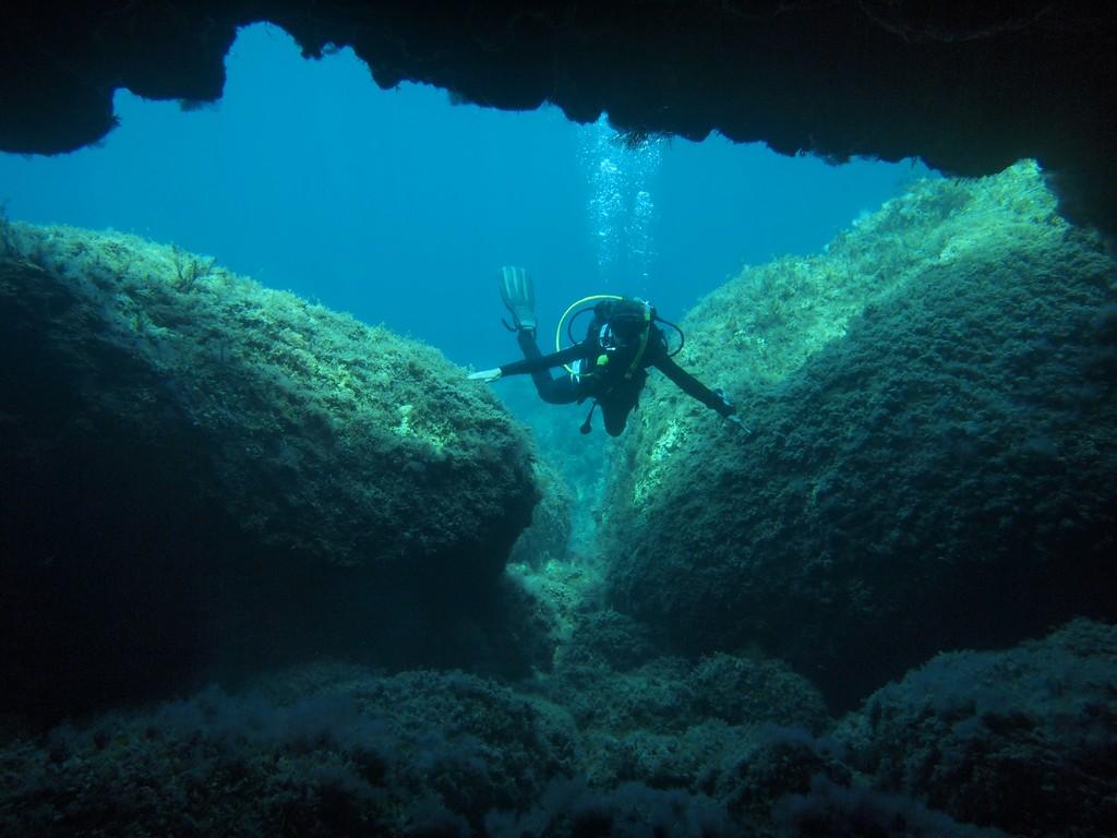 Pistol Bay Dive Sites - Kalliopi Dive College