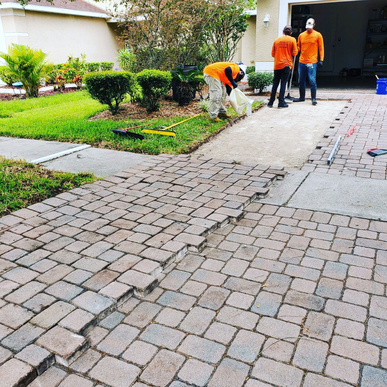 repairs people paver repairs