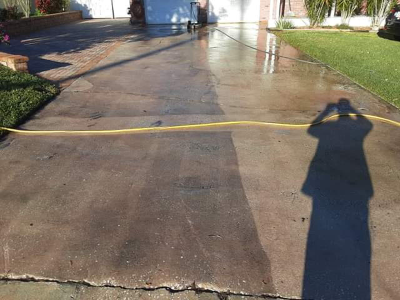 wet asphalt paver installation