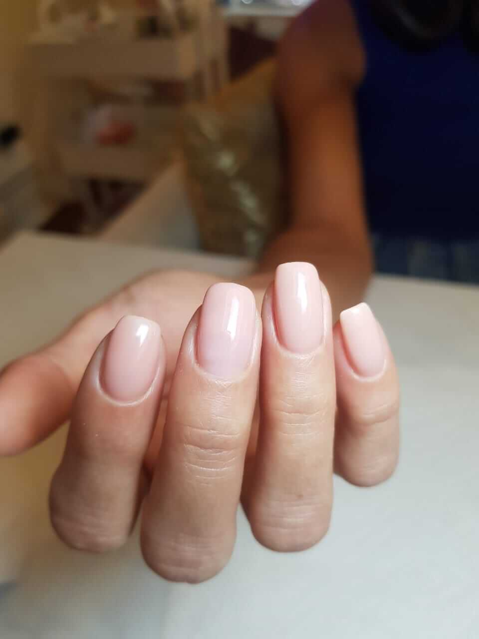 Gelish nude colours
