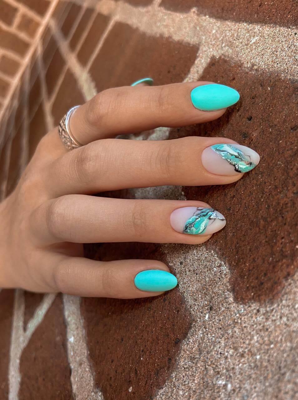 Gellak nail polish