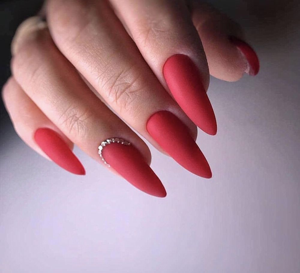 Perfect Long Matter Red Nails