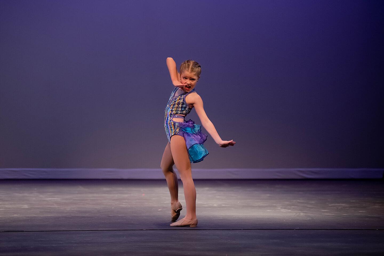 Dance teacher leads virtual class