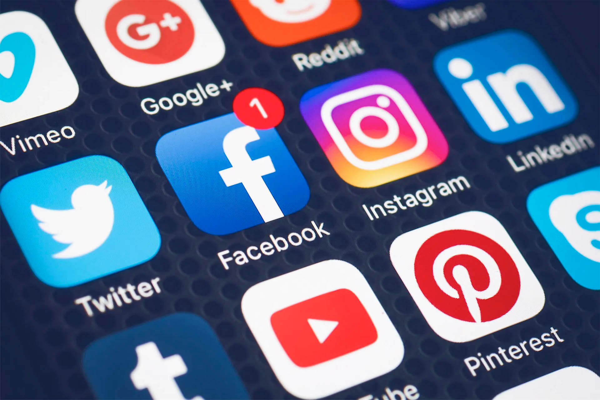 10 Social Media Academic Strategy Summaries