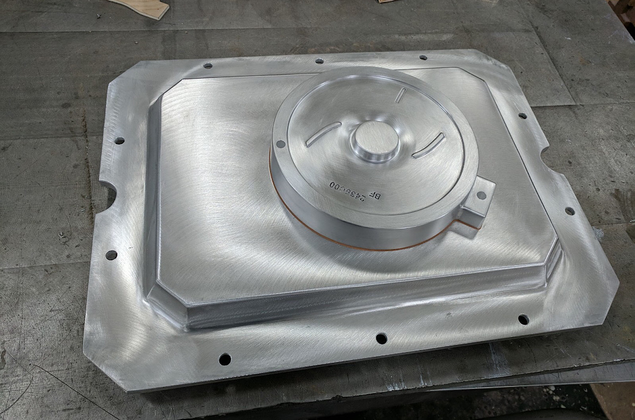 Aluminum Matchplate with Offset Parting