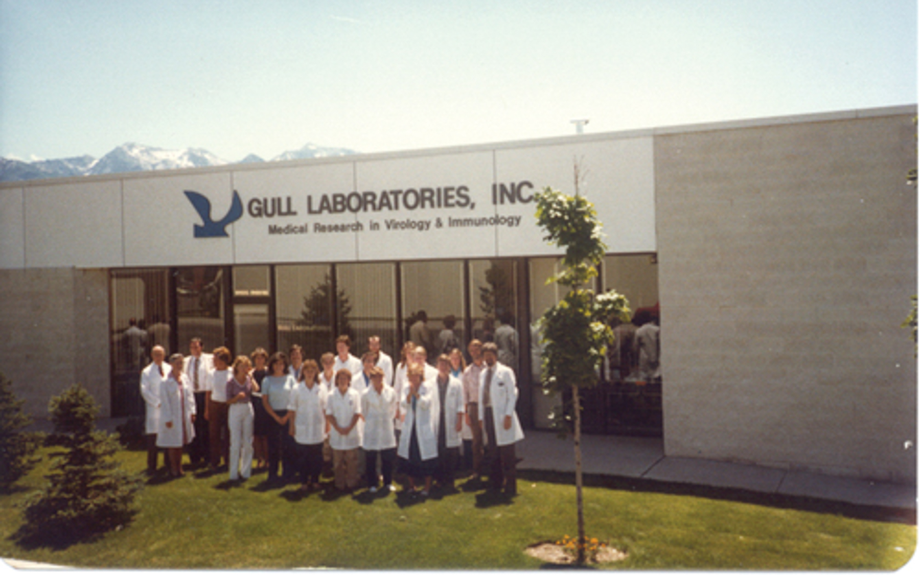 Dr. Wentz and his staff at Gull Laboratories