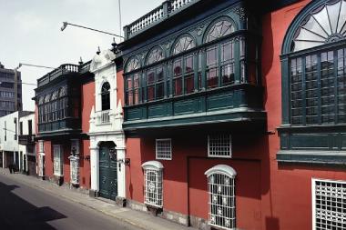 Fachada edificio Rivaguero
