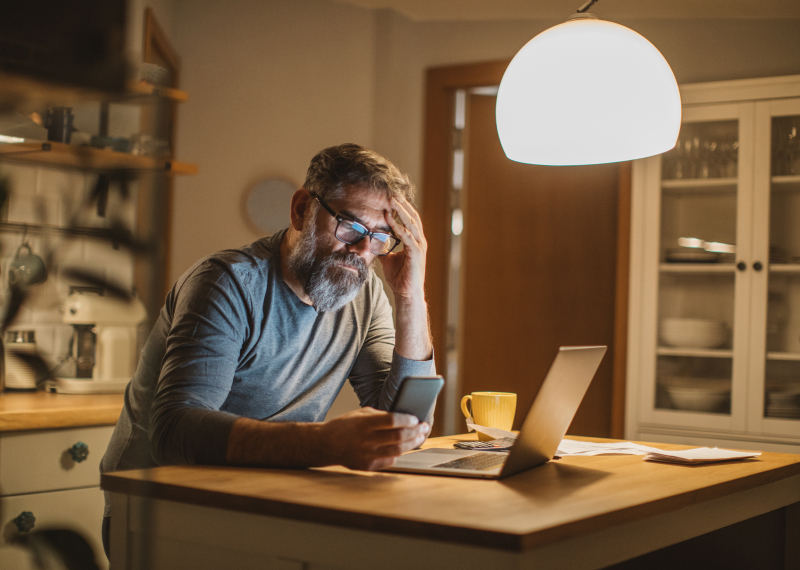 Signs Your Parents Are Victims of Scams or Fraud