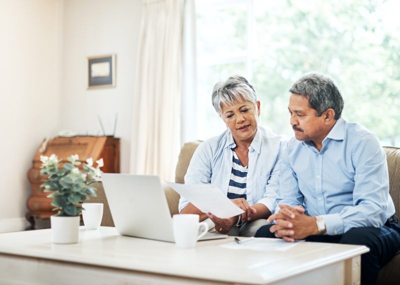 6 Signs Your Parents Need Help With Their Finances
