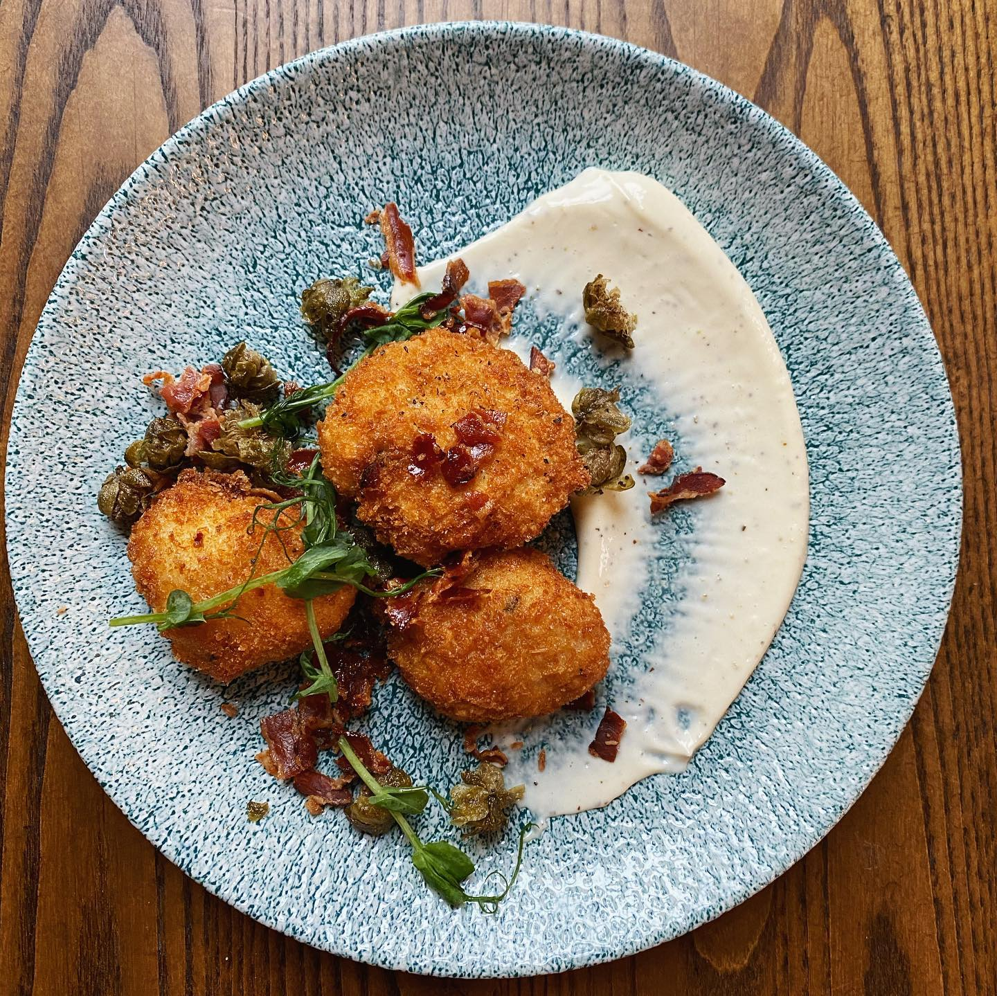 Anyone else getting over-excited about the thought of eating out again? 😋  Let us whet your appetite with a few more tasty small plates destined for the menu in the near future 😋 🍽🦙🍽🦙🍽🦙🍽🦙 #foodiesofinstagram #londonpubs #smallplates #codcheeks #newmenu #islington #islingtonpubs #pubsofinstagram #londonpubs #foodphotography #foodporn
