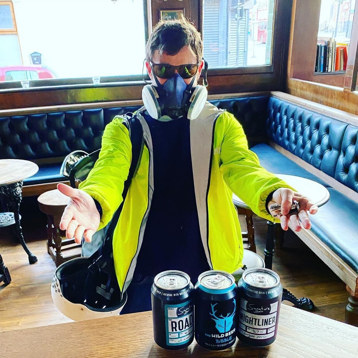 Happy Easter everybody! 🐰 🥚 🐣 🐥 🍫  This was our first takeaway beer customer, exactly 1 year ago today and we can't wait to start serving again from next Monday 12th. Not long now people, we're nearly there 👍🏼 🍻🦙🎉🍻🦙🎉🍻🦙🎉 #lockdown2021 #lockdownlife #lockdown2020 #takeawaybeers #lockdownpub #pubsoflondon #pubsofinstagram #londonpubs #craftbeer #craftbeerlover #supportlocal #nearlythere #lockdownnearlyover #freedom #islington #hackney #canonbury #haggerston #angel #essexroad #upperstreet #pubs #pubstagram