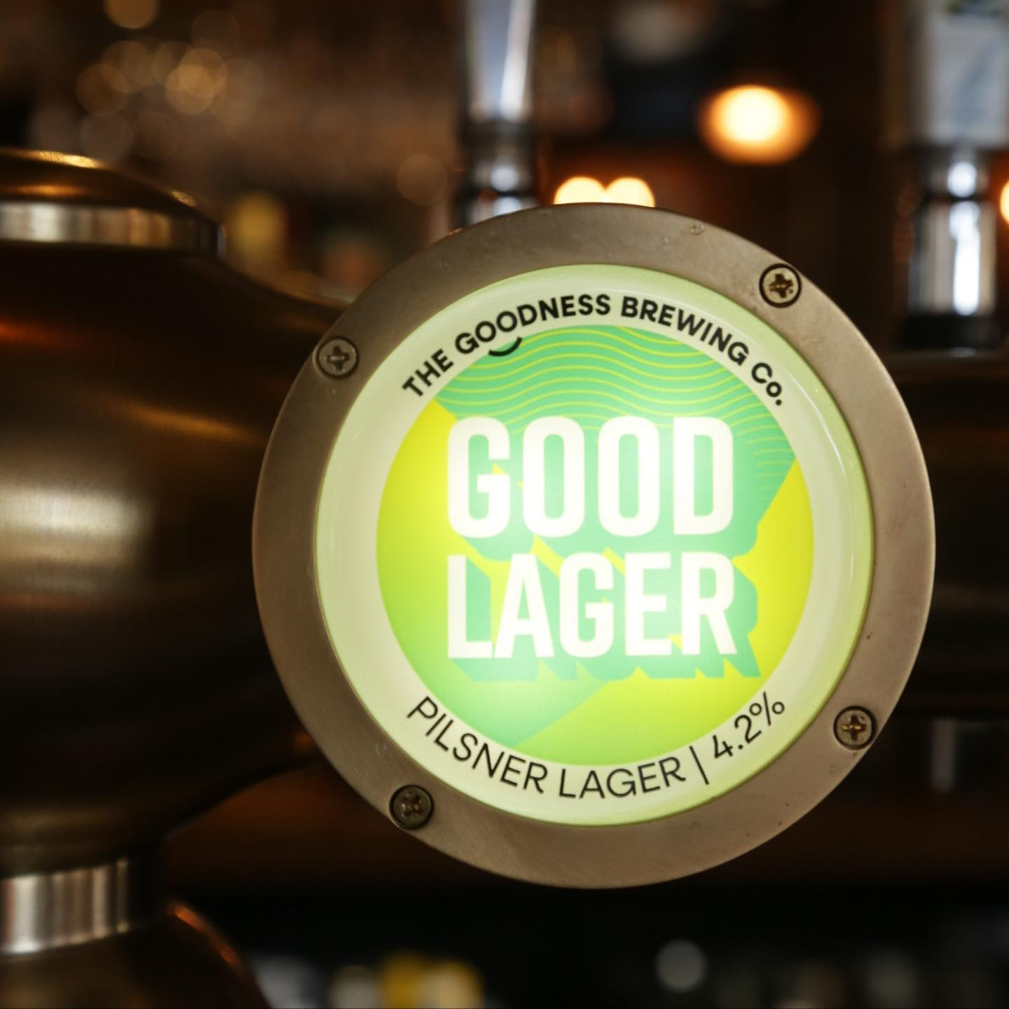🍺 New on Draught!! 🍺  Now serving 'Good Lager' from @thegoodnessbrew a crisp and easy drinking Pilsner that lives up to its name!   AND   Atlantic A.P.A from @brixtonbrewery, A bold and refreshing Pale Ale, packed full of hops and bursting with citrus flavours! 🍺   #thealpaca #islington #angel #essexroad  #supportlocal #pub #pints #london #londonpubs #pubsoflondon #beer #goodnessbeer #craftbeer #craftbeerlover #ipa #lager #pilsner