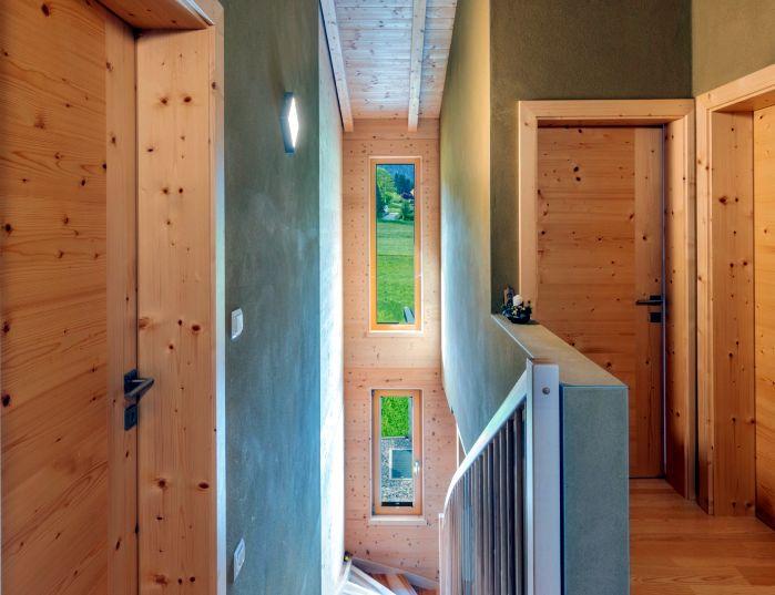 Vorraum eines fertigen HolzLehmMassivhauses