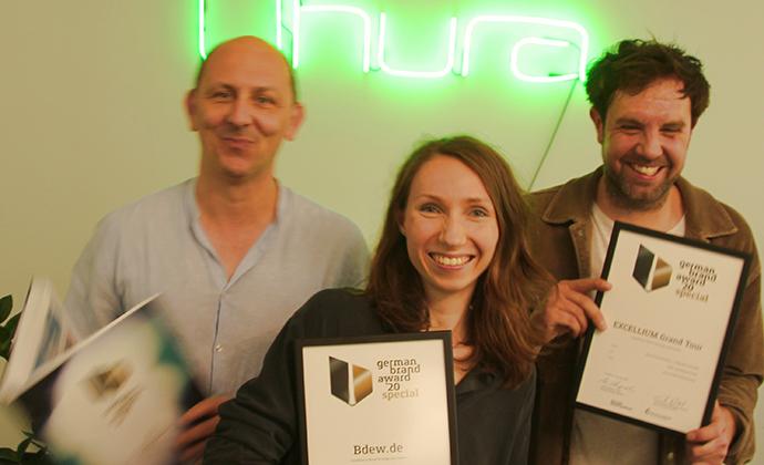 Uhura Team freut sich über German Brand Award 2020