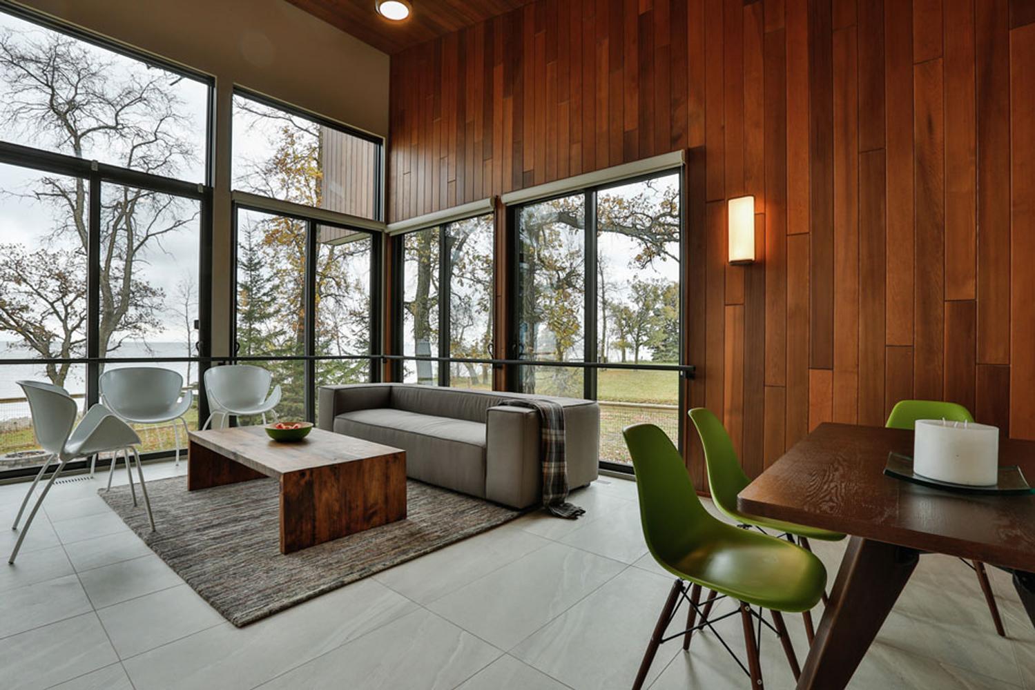 Silex Windows installed in modern home