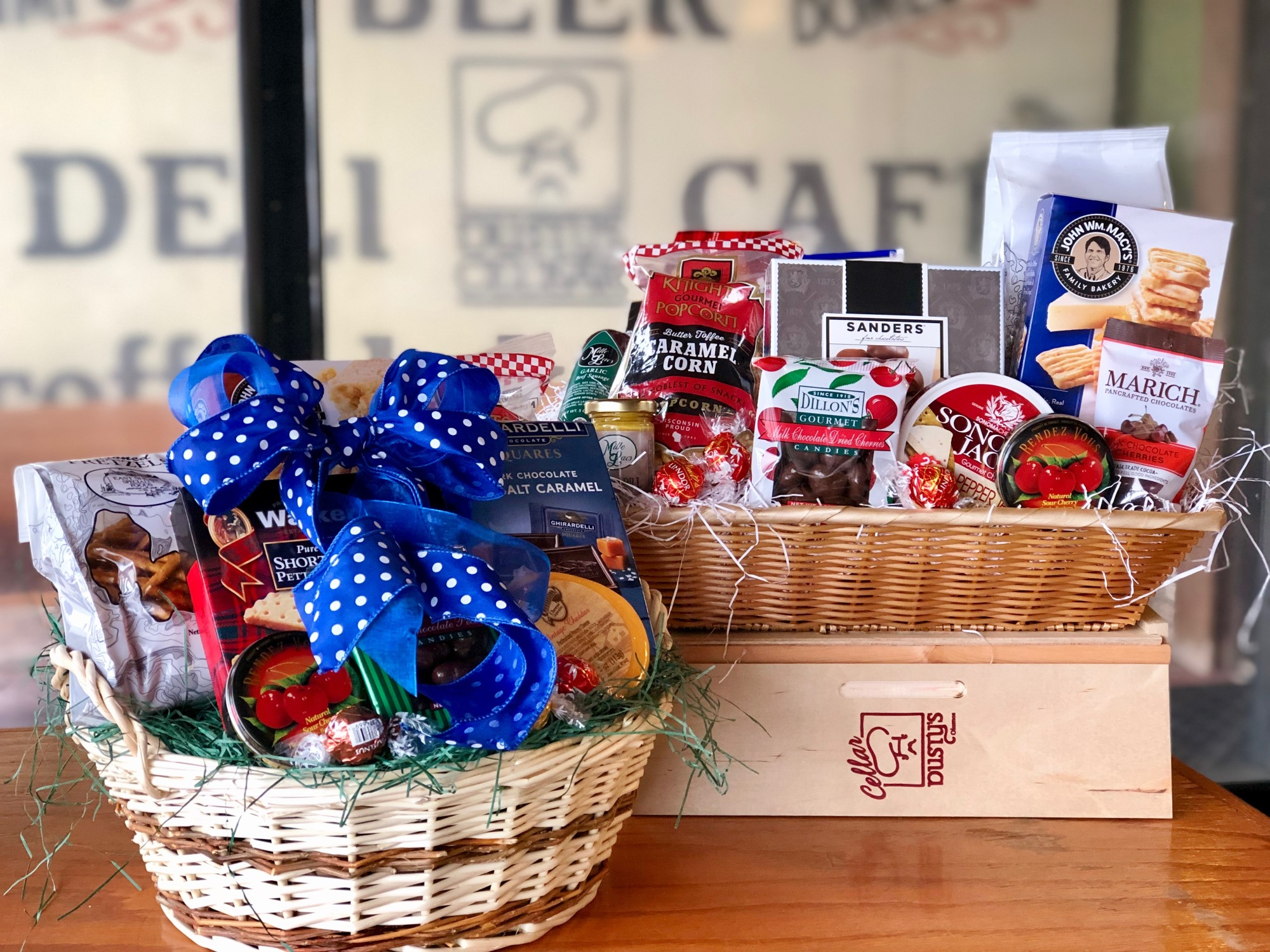 Perfect Party Basket