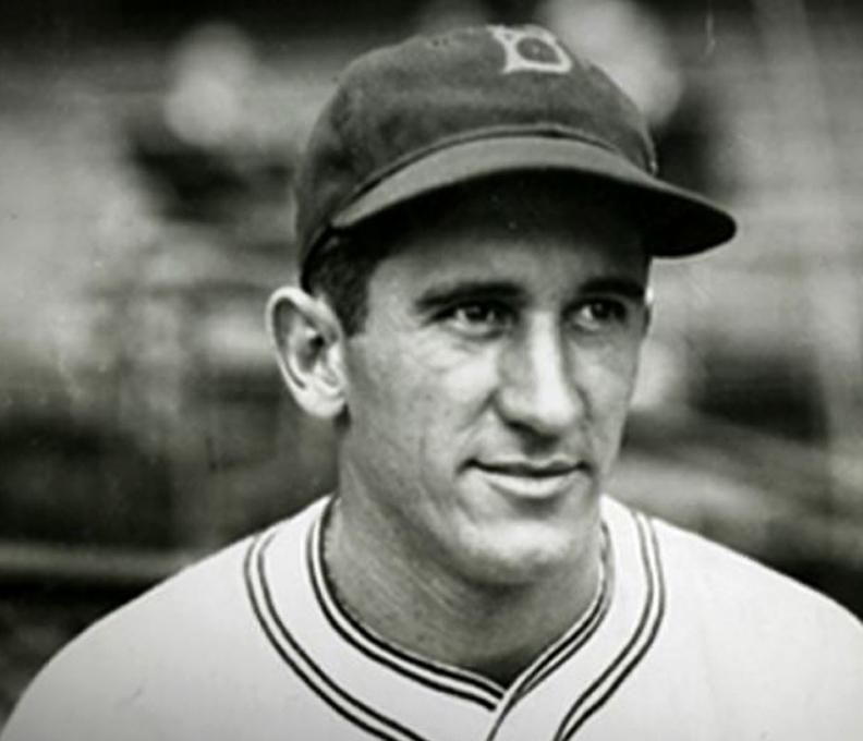 Black and white photo of Al Lopez