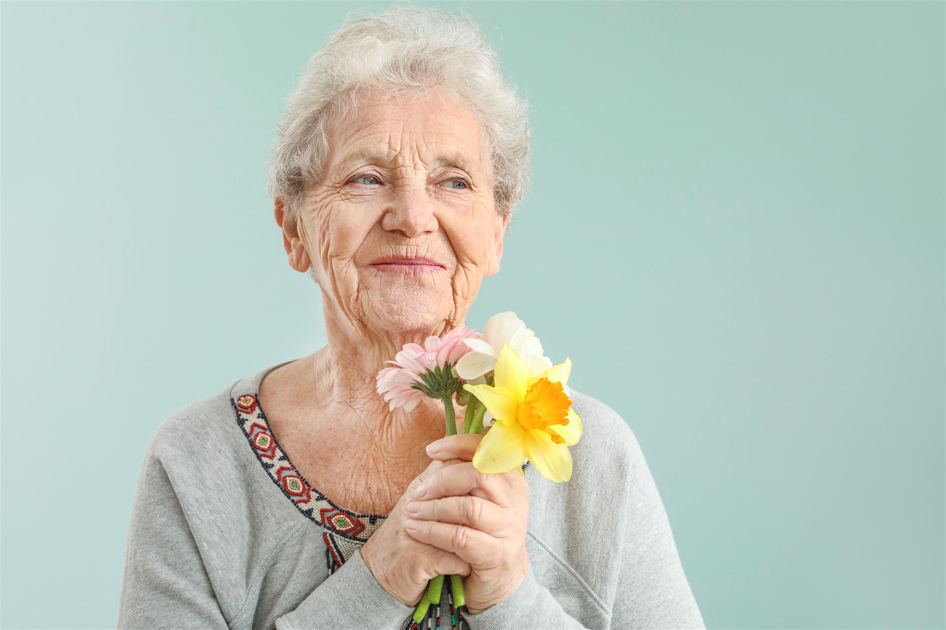 10 Fun Tips for Making Your Mark on Your Assisted Living Apartment