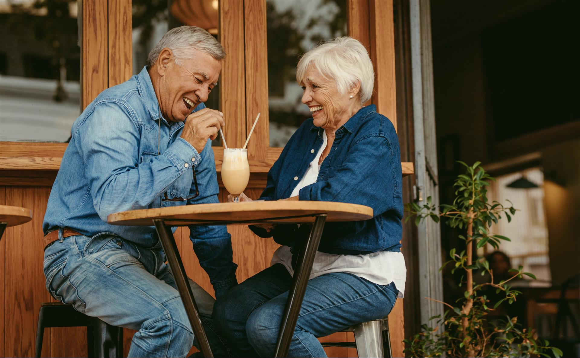Dating as a Senior: Tips for Safety and Fun