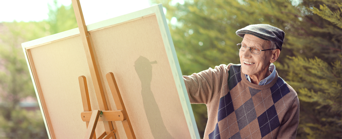 5 Creative Ways to Work With Paint in Your Assisted Living Community