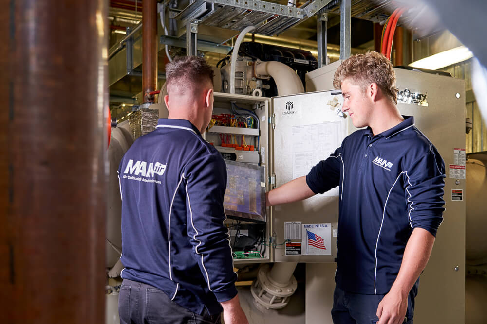 Two HVAC technicians provide 24/7 servicing and repairs in Adelaide, South Australia