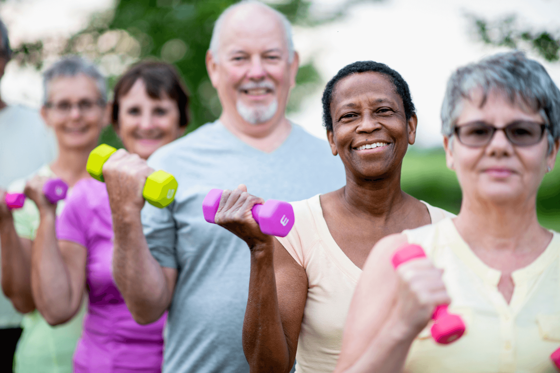 8 Ways to Stay Active in the Community as a Senior