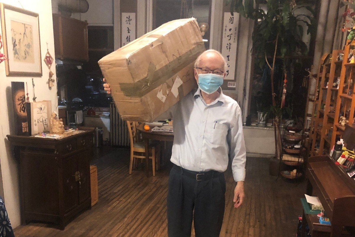 Mr. Chen, founder of Pearl River Mart, preparing to drop off masks for medical workers.