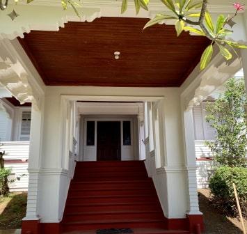 Manoa Historic Home Restoration v.1