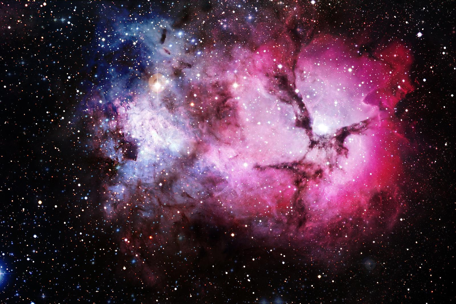Hubble Telescope Photo by Linda Brice