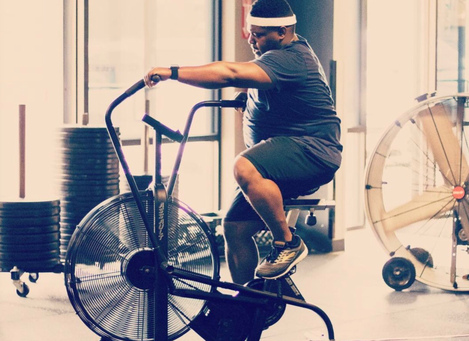 Air bikes are a typical CrossFit and bootcamp equipment that can be used at high intensity